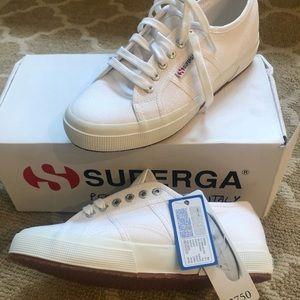 BNWT Classic Superga Shoes Size 40